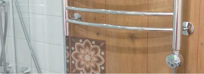Как установить электрический полотенцесушитель